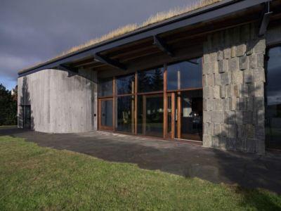 grande baie vitrée terrasse - Bakkaflöt 14 par Studio Granda - Islande