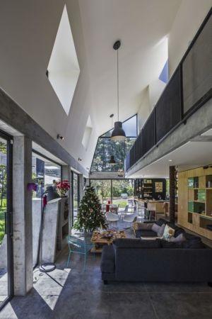 grande pièce de vie - BO House par Plan B Arquitectos - Colombie