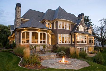 grey-cedar-shingle-home par Stonewood - Usa - + d'infos