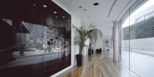 hall d'entrée - Psychiko House par Divercity Architects - Athènes, Grèce