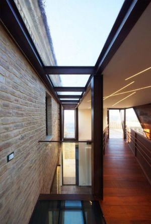 hall d'entrée - Recupero-casa par Rocco Valentini - Chieti, Italie