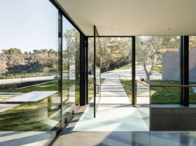 hall entrée - Oak Pass Main House par Walker Workshop - Los Angeles, Usa