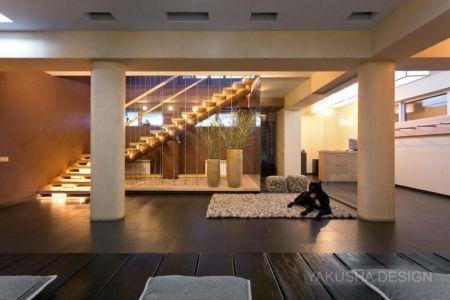 hall escalier - House «Ecominimalizm». par Yakusha Design - Dnipropetrovsk, Ukraine