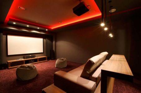 home cinéma - S-House par Fourth Dimension - Moscou, Russie