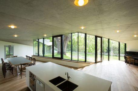 ilot cuisine - Maison PLJ par Hertweck Devernois Architectes Urbanistes, France - photo Siméon Levaillant