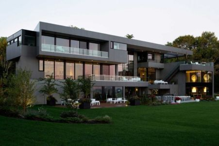 impressionnante façade - Sands Point Residence par Narofsky Architecture - Long Island, Usa