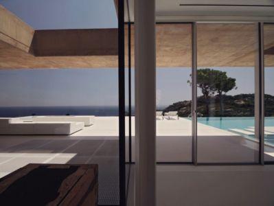 intérieur extérieur - maison réhabilitée par MANO Arquitectura - Begur Espagne