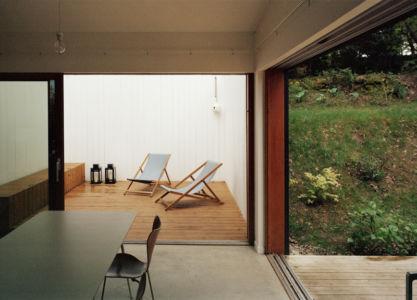 intérieur - maison bois secondaire par RAUM - France -  Photos - Audrey Cerdan