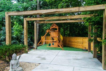 jardin coin enfant - Ashley Park House par Barroso Homes - Toronto, Canada