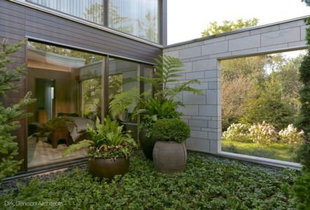 jardin intérieur - Illinois residence par Dirk Denison architects - Usa
