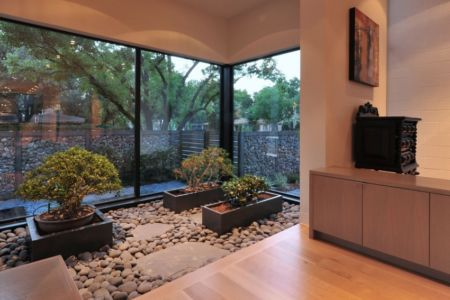jardin intérieur - Underwood House par StudioMET - Houston, Usa