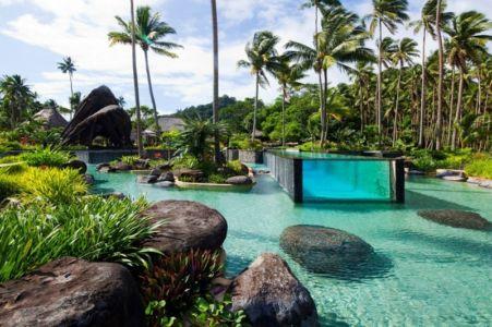 jardin & lac artificiel - Laucana Island - Suva, îles Fidji