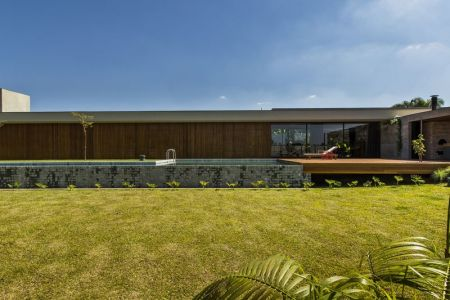 Jardin-piscine & Terrasse - MCNY-House Par Mf Arquitetos - Franca, Bresil