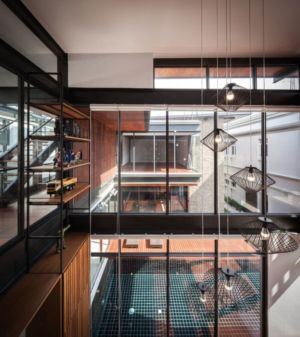 lampes luminaires déco plafond - Bridge-House par Junsekino Architects And Design - Bangkok, Thaïlande