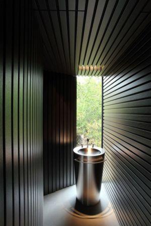 lavabo - Tula House par Patkau Architects - Quadra Island, Canada