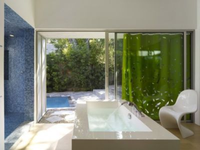 lavabo salle de bains - Norwich Residence par Clive Wilkinson Architects - West Holywod, Usa