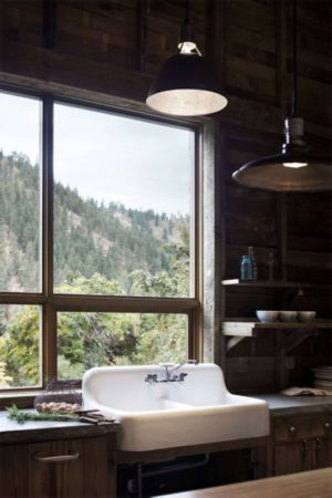 Lavabo - Rural-Barn Par MW Works - Leavenworth, USA