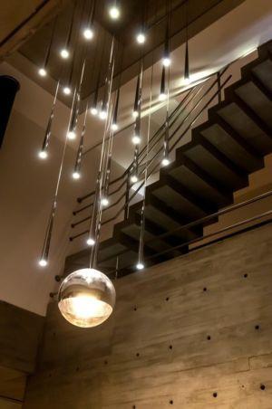 luste escalier - Wanka House par Estudio Arquitectura Galera - Cariló, Argentine