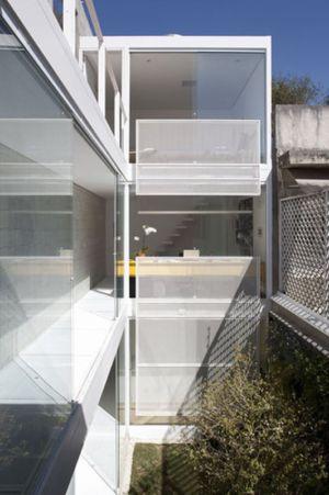 maison contemporaine par CR2 Architecture - Sao Paulo, Brézil