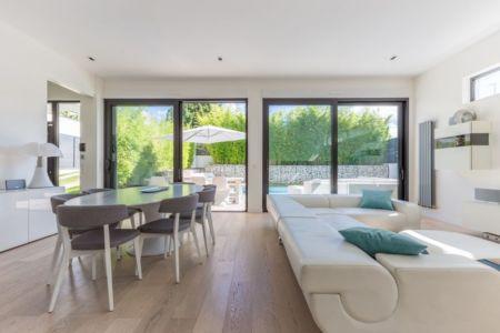 séjour et salon - maison ossature bois par Groupe Futura - France