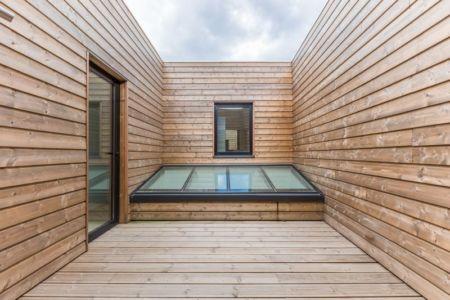 verrière depuis l'extérieur - maison ossature bois par Groupe Futura - France