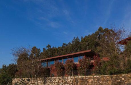 maison panoramique - Casa de Seixas par Castro Calapez Arquitectos - Caminha, Portugal
