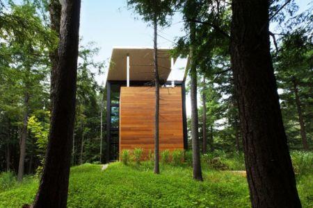Maison Sculpteur Jarnuszkiewicz Par Hamelin Et Yiacouvakis - Bolton-Est - Canada 13