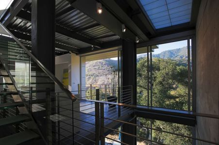 mezzanine - Anthrazit House par Architects Magnus - Santa Barbara, Usa