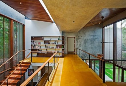 mezzanine - Bhuwalka House par Khosla Associates - Bangalore, Inde