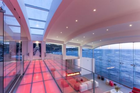 mezzanine - Carmel Highlands Residence par Eric Miller Architects - Carmel-By-The-Sea, Usa