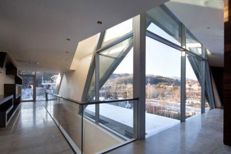 mezzanine - Maison Rivendell par IDMM Architects - Corée du sud