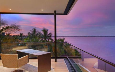 mini bureau & vue panoramique océan - Miami Beach Home par Luis Bosch - Miami Beach, USA