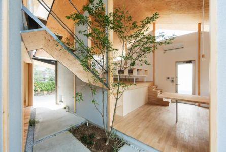 mini jardin intérieur - Eaves-House par Y Plus M Design - Kyoto, Japon