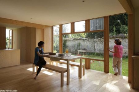 séjour & vue jardin - House-The-Grove par Arba - France