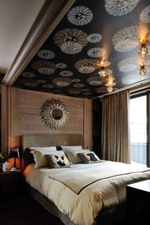 miroir soleil chambre - Luxury Chalet par Jean-Marc et Anne-Sophie Mouchet - Courchevel, France