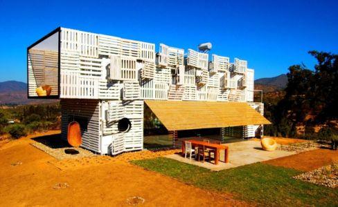 ouverture terrasse - Infiniski Manifesto House par james&mau arquitectura - Curacaví, Chili - photo Antonio Corcuera