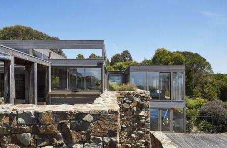 façade terrasse - maison contemporaine en bois par B.E ARCHITECTURE, Flinders, Australie
