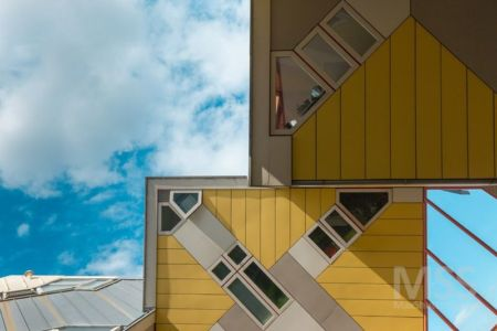 ouvertures vitrées - Cube-houses par Piet Blom - Rotterdam, Pays-Bas