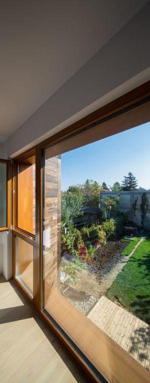 ouvertures vitrées - LAMA-House par LAMA Arhitectura - Bucarest, Roumanie