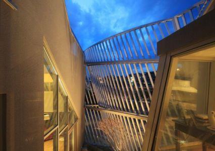 ouvertures vitrées étage - Kyeong Dok Jai par Uroje Khm Architects - Corée du Sud