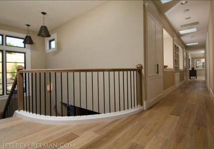 palier couloir étage - Maison typique par TTM Development company - Portland, Usa