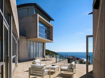 panorama sur océan depuis terrasse - Nova Scotia House par Alexander Gorlin Architects - Ketch Harbour, Nouvelle-Écosse, Canada