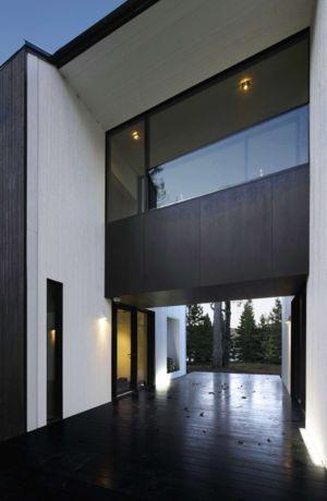 partie centrale - Private Residence St-Sauveur par Saucier + Perrotte architectes - Saint-Sauveur, Canada