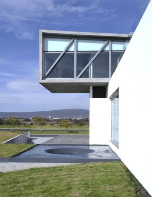 partie porte à faux - Campanario-2 par Axel Duhart Arquitectos - Santiago-Querétaro, Mexique