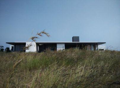 vue en contreplongée - Deolali House par Spam Design Architects - Deolali, Inde
