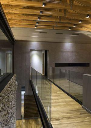 passerelle étage - House-in-Blair-Atholl par Nico van der Meulen Architectes - Johannesburg, Afrique du Sud