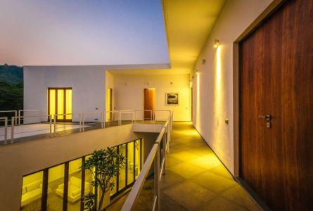 passerelle extérieure - Tomoe Villas par Note Design - ALibag, Inde