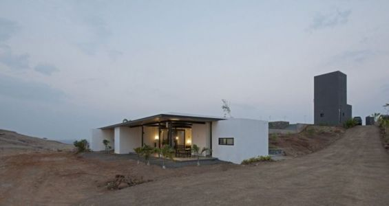 panorama - Deolali House par Spam Design Architects - Deolali, Inde