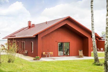 jardin & façade entrée - villa-vallmo par Thomas Sandell - Skaraborg, Suède