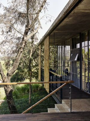 perron accès terrasse & entrée - Riparian-House - Architecture Brio - Karjat, Inde